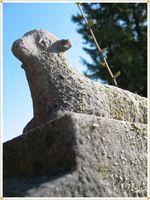 Lamp headstone
