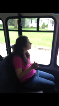 Mia on KC bus