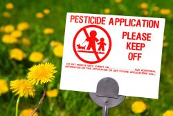 Toxic_Chemicals_National_Pesticides_Application_Sign_Dandelions_800x533